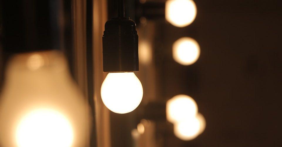 Changer En Sécurité Toute Et Une Sans Comment Ampoule Danger dxoCBer